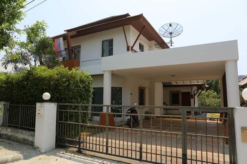 Отличный дом с четырьмя спальнями в La Vallee