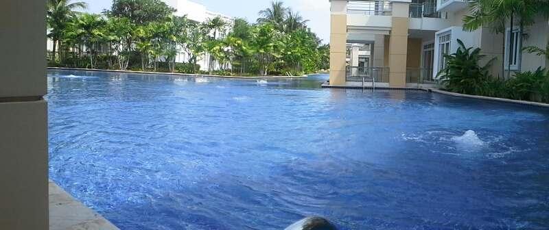 Квартира с выходом в бассейн в аренду. Шератон.