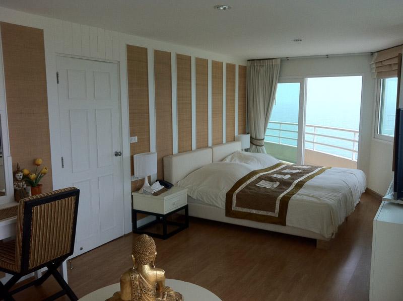 Роскошные апартаменты с панорамным видом на море