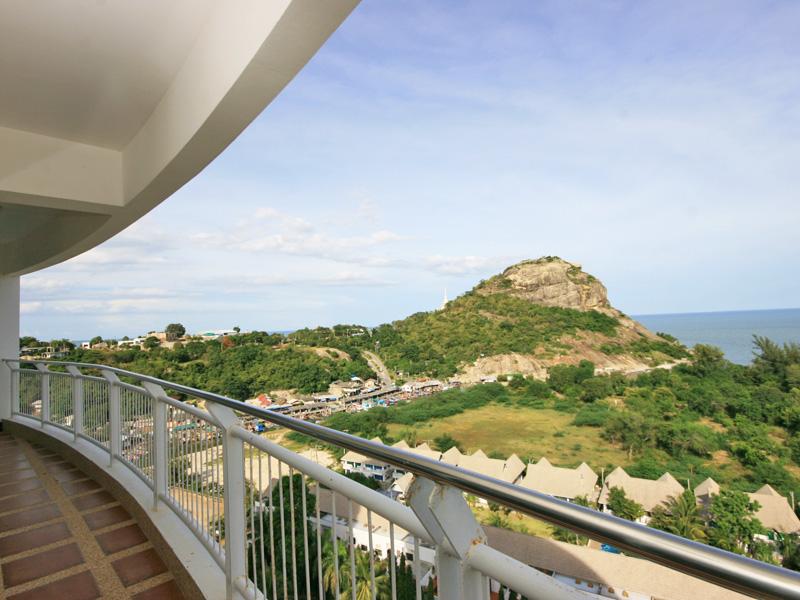 Апартаменты с видом на море. Джамчури кондо. HHPR2019